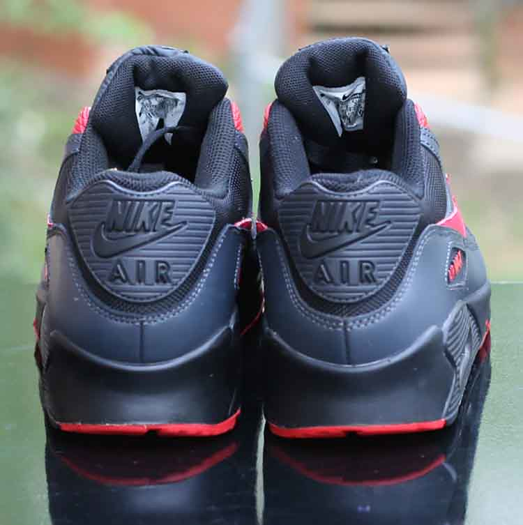 big sale bcb4a cd9fa Nike Wmns Air Max 90 Black Siren Red Anthracite 325213-020 Running Size 8 (