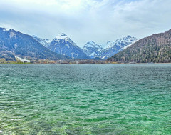 Achensee (Claude@Munich) Tags: austria tyrol schwazdistrict ebenamachensee pertisau alps karwendel lakeachen lake green laudemunich österreich tirol alpen berge see bergsee wasser wellen bewegt dristenkopf sonnjoch bettelkarspitze schaufelspitze feilkopf sonnjochgruppe