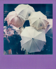 Fancy Umbrellas (irrational.photography) Tags: rational irrational photography photo irrationalphotography rationalphotography irrationalphoto polaroid theimpossibleproject impossible project original originals polaroidoriginals retro vintage antique hipster old analogue analog film square picture onestep spectra image procam se sun sx70 sx 70 600 640 660 autofocus slr 680 jobpro montreal quebec canada self developing instant border