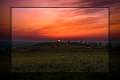 Picture in picture (Jabamba Photography) Tags: poland polonia polska sunset sun sunny sunshine landscape landscapephotography landscapelovers lapczyca field allaperto art colorful contrast contrasto colors cloudporn country color picture quadro highdefinition highquality hill golden nikon nikkor nikontop nikond750 nikonphotography nikonflickraward nice dawn photography photoshop naturephotography pinnaclephotography nature natura naturelove naturelovers