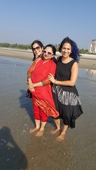 with Simi and Momota Bhabi (olive witch) Tags: 2017 abeerhoque bangladesh bd beach coxsbazar day dec17 december fem outdoors sea
