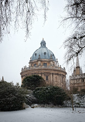 Radcliffe Camera from Exeter College (otattersall) Tags: rad camera radcliffe oxford oxbridge oxfordshire university snow winter panorama fujifilm fuji fujix100t x100t x100 xtrans vertorama college fellows garden exeter