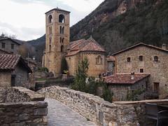 P1010232 (LauraClm) Tags: rural beget pueblo poble girona garrotxa camprodon españa spain town village invierno winter iglesia esglesia church olympus catalunya cataluña catalonia