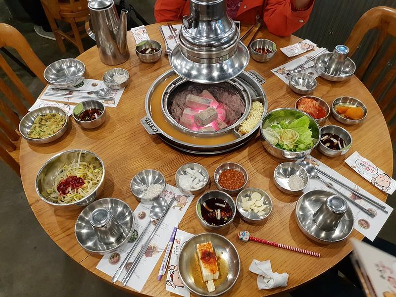 姜虎東678白丁烤肉菜單
