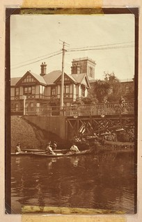 Rowing on the Avon