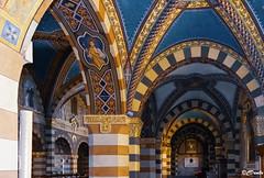 Interno del Duomo di Santa Maria Assunta di Bobbio (danilocolombo69) Tags: chiesa barocco duomo cattedrale archi bobbio danilocolombo nikonclubit danilocolombo69