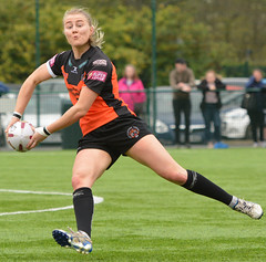 Poetry In Motion (Feversham Media) Tags: yorkcityknightsladiesrlfc castlefordtigerswomenrlfc amateurrugbyleague rugbyleague york northyorkshire yorkshire womenssuperleague sportsaction yorkstjohnuniversity tarastanley