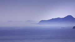 Foggy Blue Bay (FBK1956) Tags: 2017 canon canoneos griechenland kreta lato himmel wasser sky blue fog nebel landschaft meer sea