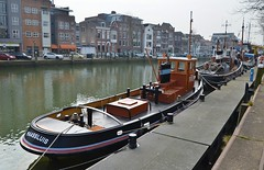 Sleepboothaven Maassluis (Hugo Sluimer) Tags: sleepboot sleepboothaven maassluis nederland zuidholland holland nederlands portofrotterdam port haven nlrtm onzehaven