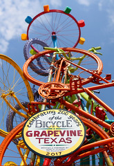 Grapevine, Texas (The Last Darkroom) Tags: grapevine texas bike bicycle 200 art fest color up sign blue orange small town