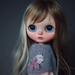 Rindy (umami_baby) Tags: artdoll blythe blonde customblythe customizeddoll collectible doll dollhouse etsy fashiondoll freckles faceup ooak ooakblythe ooakdoll umamibaby veraflorentine