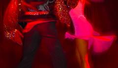 Couleur rouge tango (Pi-F) Tags: danse couple rouge tango flou tourner vitesse couleur