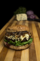 product photo (Arttmen) Tags: photography photoshoot photoshooting chile hamburgesas comida sesiondefotos sesion fotoproducto fotografia food lunch burger dinner eat eating cerveza beer cheese avocado restaurant meat tomato