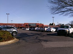 Full parking lot at the Trinity Commons Kroger (prior to the new year) (l_dawg2000) Tags: 2018remodel cordova delicatesen grocery grocerystore healthbeauty kroger labelscar marketplace meats memphis pharmacy produce remodel retail scriptdécor shelbycounty supermarket tennessee tn trinitycommons cordovamemphis unitedstates usa