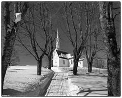 Hovin kirke - mars 2018 (b&w ver.) (Krogen) Tags: norge norway norwegen akershus romerike ullensaker hovin krogen vinter winter olympusomd bw blackwhite svarthvitt svhv silverefexpro kirke church