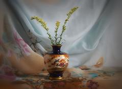 Centre Stage (Smiffy'37) Tags: stilllife vase japanese satsuma objects