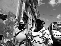 La vieja escuela (Isaac Palacio) Tags: street photography 2018 merida yucatan mexico people contrast flickr bw blackandwhite miligramo fractal mg streetphoto