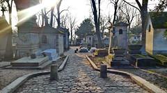 512 Paris en Février 2018 - Cimetière du Père Lachaise (paspog) Tags: paris france pèrelachaise cimetièredupèrelachaise cimetière friedhof cemetery février february februar 2018