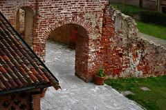 Le pietre di Morimondo (ornella sartore) Tags: borgo morimondo particolari colori allaperto