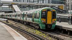377605 (JOHN BRACE) Tags: 2012 bombardier derby built class 377 electrostar 377605 southern livery east croydon station