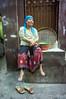 (kuuan) Tags: indonesia voigtländerheliarf4515mm manualfocus mf voigtländer15mm aspherical f4515mm superwideheliar apsc sonynex5n surabaya oldquarters street jawa eastjawa woman