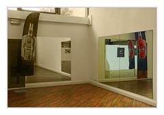 Mirror (bavare51) Tags: spiegel spiegelbild raum werbung