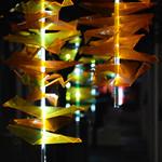 Bianka Marchand, Chloé P. Bourgie et Josianne Pinard (étudiants en design de présentation du cégep du Vieux-Montréal), Vague espiègle, 2018 thumbnail