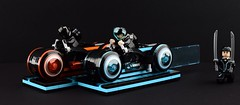 LEGO 21314 TRON: Legacy Lightcycle👍 (Alex THELEGOFAN) Tags: lego legography minifigure minifigures minifig minifigurine minifigs minifigurines movie tron legacy lightcycle 21314 motorcycle quorra sam flynn rinzler blue orange black transparent