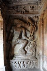 Grotte de Badami, Inde (voyagesphotos) Tags: inde india karnataka badami temple religion hindouisme hindou hindu grotte varaha