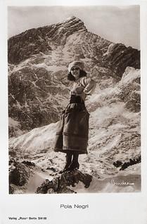 Pola Negri in Die Bergkatze (1921)