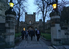 Durham Castle, UK (Ineke Klaassen) Tags: durham castle thecollege college nightlights night england engeland verenigdkoninkrijk gbr gb uk sony sonyimages sonya6000 sonyalpha sonyalpha6000 sonyilce6000 ilce county city people evening bluehour uniform mirrorless mirrorlesscamera photography