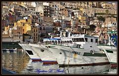 Sciacca: panoramica con barche - Marzo-2018 (agostinodascoli) Tags: sciacca sicilia panorama mare barche case architettura nikon nikkor texture agostinodascoli sciaccaporto sciaccamare