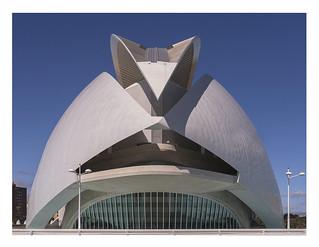 Palau de les Arts Reina Sofia (Calatrava goes George Lucas)