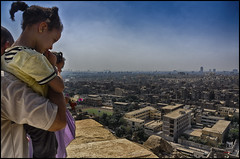 La gran ciudad a sus pies (bit ramone) Tags: egypt أهرامات الجيزة cairo الجمال والأهرامات egipto bitramone viajes travel cultura