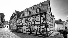 Idstein (wernerfunk) Tags: hessen strasse fachwerk architektur einfarbig