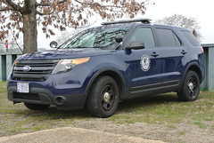 National Gallery of Art Protection Services (Emergency_Spotter) Tags: national gallery art protection services 20122015 ford police interceptor utility navy blue centercaps dual spots