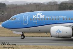KLM Royal Dutch Airlines - PH-BGG - 'King Eider' / 'Koningseider' - 2018.03.23 - ENZV/SVG (Pål Leiren) Tags: stavanger sola norway svg enzv flyplass airport planes plane planespotting aviation aircraft runway rw airplane canon7d 2017 airliner jet jetliner march march2018 klmroyaldutchairlines phbgg kingeider koningseider klm royal dutch airlines boeing 7377k2b737
