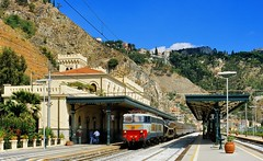 1998  51092  I. (Maarten van der Velden) Tags: italië italy italien italie italia taorminagiardini fs fse656006 fse656 e1931 frecciadellalaguna
