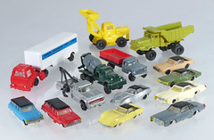 BAC-N-selection (adrianz toyz) Tags: plastic toy model n gauge bachmann car truck adrianztoyz