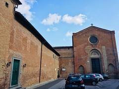 esterno del convento (2)