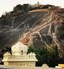 The divine trail of Spiritualism ! प्रभु के दर्शन पाने लगी लम्बी कतार जैन धर्म पर सभी प्रकार की जानकारी प्राप्त करने क्लिक करे http://ift.tt/2EsNB44 Clicked by @shutterlogs #jainism #mahamastakabhisheka #india #trail #people #crowd #incredibleindia #south (Jain News Views) Tags: jainism