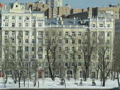 Moscow architecture (3) (VERUSHKA4) Tags: canon moscow cityscape ville view vue rue street quai spring march krasnoholmskayaquai window neige neve day sunny house architecture door people man outdoor firtree roof metallic object balcony hccity decor