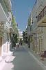 een mastiekdorp Pirgi op Chios (annelies_visser) Tags: xystra mastiekdorp pirgi chios griekenland dorp street straatje wit greece