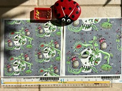 """""""skull pot with carnivorous plants, gray"""", large and small scale fabric test swatches.  My original design created digitally. (sassyone2013) Tags: carnivorousplants venusflytrap tropicalplants floraandfauna skull skulls skeleton creepy weird quirky plants houseplants fly flies bugs insects fabric design textile textiles illustration drawing digital indieart sewing sew quilting fabriccrafts grey gray greenery nature bizarre planting gardens gardening wallpaper giftwrap giftwrapping wrappingpaper rainforestplants cartoon animation whimsical funny noveltyfabric noveltyfabrics indiefabrics indiefabricdesign creepycute kitsch kitschy"""