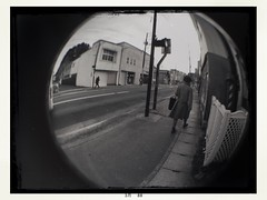 We all live in this circular world. (U-ichiro1003) Tags: street snap iphonese hipstamatic wide lens fisheye