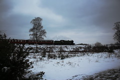 Severn Valley Railway spring gala...in the snow. (Keith Wilko) Tags: svr severnvalleyrailway snow ice svrspringgala steamtrains railroad steam train trains locomotives uksteam uksteamtrains lner lnerlocomotives 8572 loco8752 8572loco teaks teakcarriages lnerrollingstock