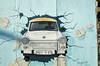 East Side Gallery (santi_riccardo) Tags: trabant east side gallery maurer berlino muro