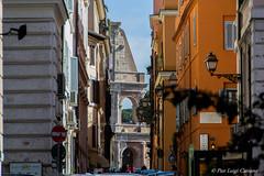scorcio di Roma - glimpse of Rome (pierluigi.carrano) Tags: roma rome nikon d3100 colosseo glimpse scorcio