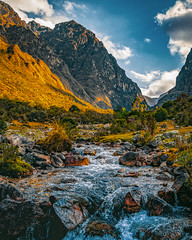 Mountain, shade and fresh water. (Valter Patrial) Tags: qosqo peru pe mountains water cusco sunrise sun landscapes