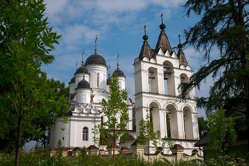 Спасо-Преображенский Собор села Б. Вяземы (1584-1598)